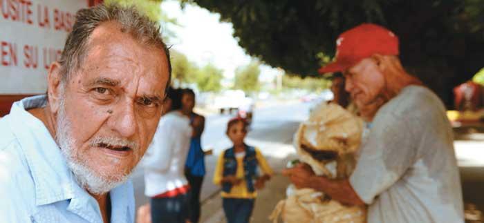 Managua 9 de junio del 2014. Julio Cabrales, Poeta esquizofrénico en su casa del Bo. Hilario Sánchez. Uriel Molina/LAPRENSA