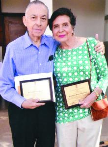 Carlos Tünnermann y su esposa Rosa Carlota Bernheim son primos hermanos por el lado materno.