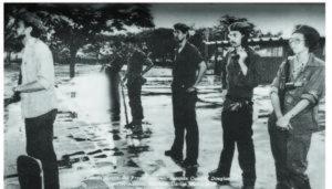 Joaquín Cuadra, Douglas Duarte, William Ramírez, Carlos Núñez Téllez y Mónica Baltodano, Estado Mayor del Frente Interno en la escuela Sagrada Familia, del barrio Ducualí.
