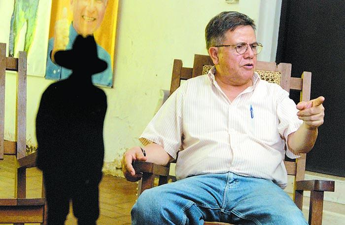 Comandante Modesto; Henry Ruiz, Entrevistado en su casa de Los Robles para Domingo.Managua 6 de Mayo del 2010. foto Uriel Molina/LA PRENSA