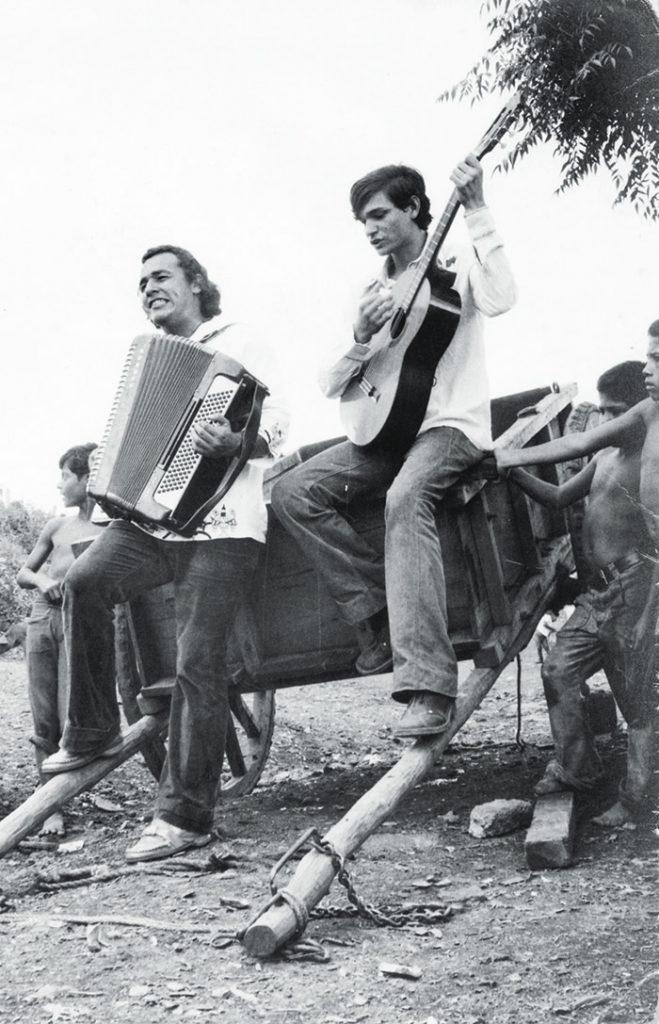 Carlos Mejía Godoy, calles y caminos de Nicaragua