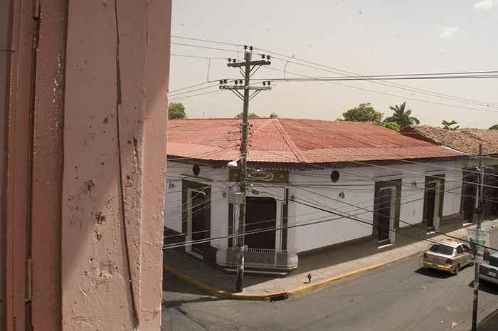 Casa de la familia Gurdián frente al hotel La Esfinge, donde se hospedó Oliverio Castañeda en León. León. julio 10 del 2014. Foto LA PRENSA Manuel Esquivel