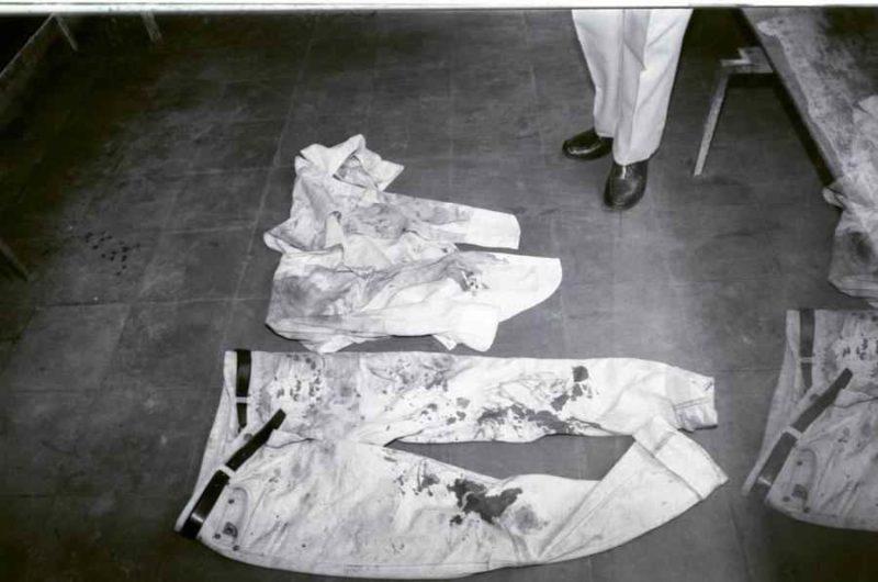 Así quedó la ropa de Joaquín Mejía el día que lo vapulearon unos desconocidos. Foto Archivo La Prensa