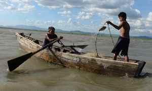 Pescadores del lago Xolotlan , en Ba. de pescadores Los hermanos Ivan y Jose  Barrios.Foto Uriel Molina/LAPRENSA