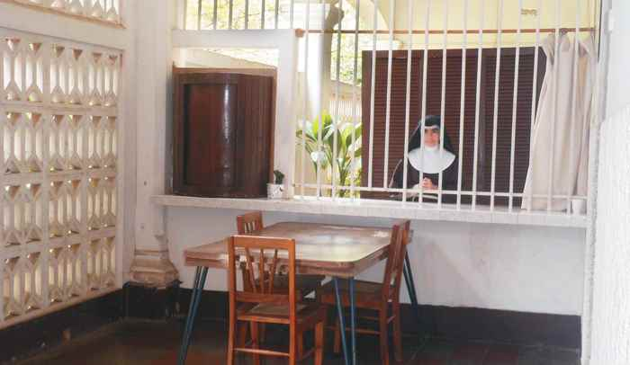 Vida de monjas. Hermanas Clarisas. Mgazine