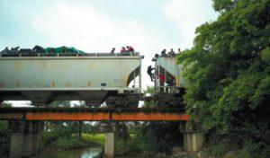 La Bestia, tren de inmigrantes centroamericanos.