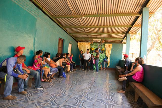 """Este es el lugar donde Rosa Emilia Valle recibe a decenas de personas que a diario la buscan para asesoría en """"ciencias ocultas"""". Foto Uriel Molina."""