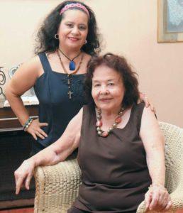 Beatriz Fachinetti acompaña a su mamá María Pasos