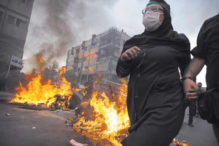 protestas iraníes tras la cuestionada reelección de Ahmadinejad dejaron 55 muertos y 4 mil detenidos entre mediados del 2009 y 2010.