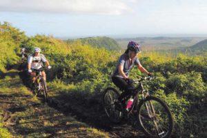 Fuertes. En giras diarias o rutas de fin de semana las mujeres se miden al reto, la mayoría salen bien libradas y contentas. La prueba: siguen pedaleando.