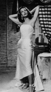 Su estilo, sumado a su grácil figura, marcó las tendencias de la moda. Miles de mujeres la usaron como referencia.