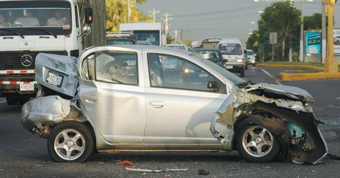Abrocharse el cinturón de seguridad reduce el riesgo de muerte
