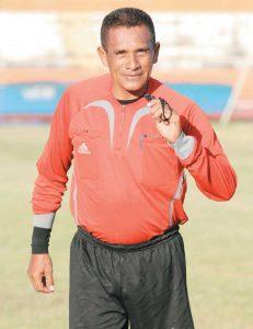 El árbitro William Mendoza