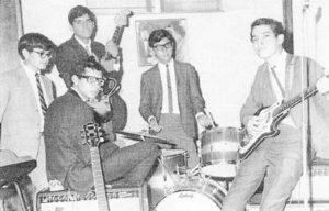 El grupo Los Pájaros. imagen aparecen Luis Montealegre, Marcelino Pérez, Elías Cárcamo, René López y Manuel Antonio Orozco.