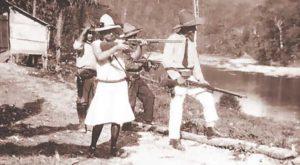 Cuando salió de la cárcel Blanca Aráuz llegó a los campamentos de Sandino en la montaña. Allí se convirtió en su secretaria privada.