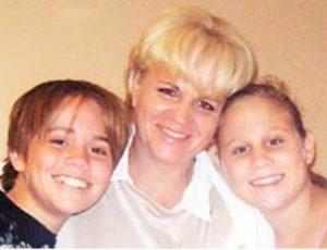 Corinna considera que los mayores logros de su vida son sus hijos Andrés y Camila