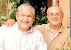 Con su amigo y compadre Arturo Prado
