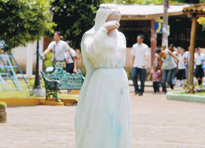 La mujer vestida de novia leyenda