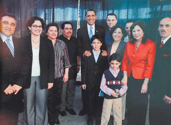 El Presidente Obama junto a Hilda Solís
