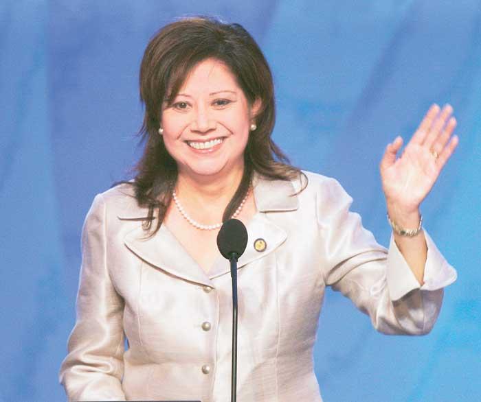 Hilda Solís fue electa para formar parte del Congreso de Estados Unidos en el 2000