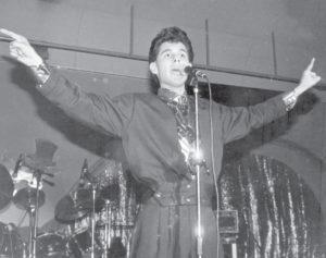 Wálmaro Gutiérrez se considera artista de vocación, pero no cantante de profesión.
