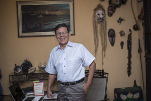 Marvin Saballos, de 66 años, ha investigado para rescatar la historia olvidada de Corinto. Foto Oscar Navarrete.