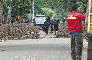 Patrullas de antimotines, al mando de Avellán, desmontaron barricadas en el sector de San Carlos en Masaya. el 3 de julio 2018. LA PRENSA/ARCHIVO/ MANUEL ESQUIVEL