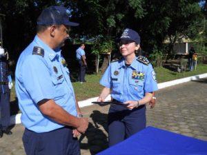 Avellán con la primera comisionada Aminta Granera. Exjefes policiales indican que Granera confiaba en Avellán porque lo veía humilde. LA PRENSA/ ARCHIVO