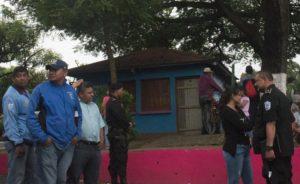 Avellán participó en el paseo de una réplica de San Jerónimo, en septiembre pasado, por las calles de Masaya. LA PRENSA/ ARCHIVO/ JADER FLORES