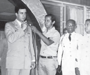 Con el hijo del dictador, Anastasio Somoza Portocarrero