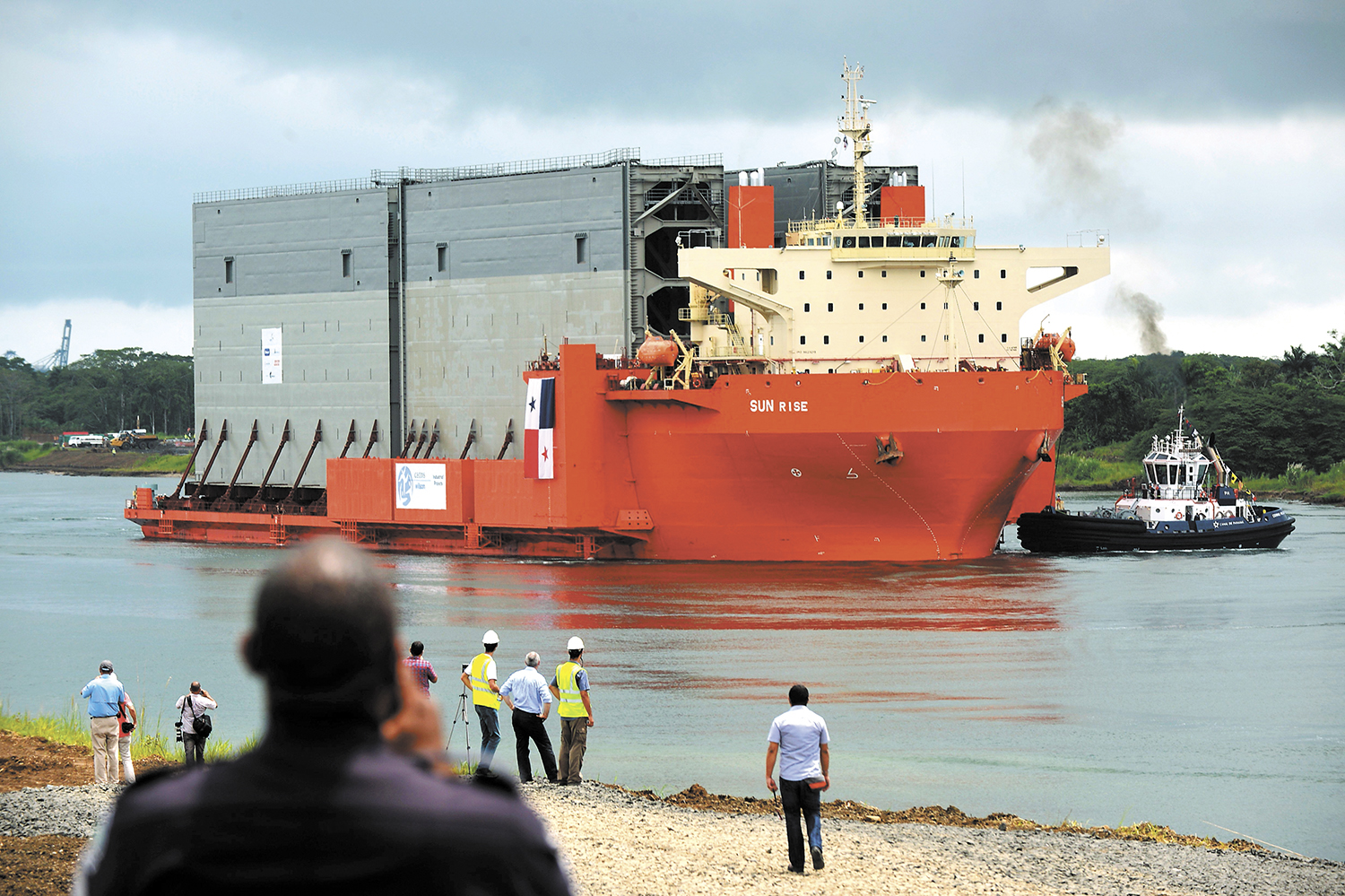 PANAMA-CANAL-NEW-LOCKS-ARRIVAL