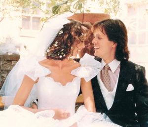 La boda en 1988 con Lorenza Azcárraga Romandía.