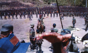 1985. Yamales, Honduras. Formando unos 6,600 soldados de la Contra para recibir una delegación norteamericana.