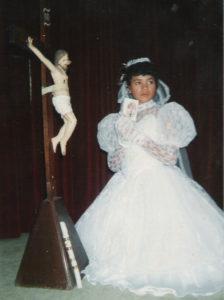 A los tres años salió de Nicaragua con su familia rumbo a Estados Unidos. En la imagen durante su primera comunión.