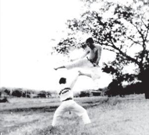 Rogelio Pérez desarrolla táctica ofensiva contra Carlos Cuadra.