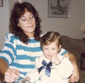 Con su mamá Rodríguez de Dorn.
