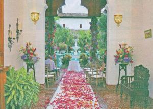 Flores y Diseños ha trabajado por más de 15 años en decoración de eventos en Nicaragua. Patricia Jarquín asegura que en los últimos años las parejas han destacado la importancia de la decoración como un punto primario en sus presupuestos.