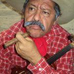 Lautaro Ruiz con el personaje de Don Goyo