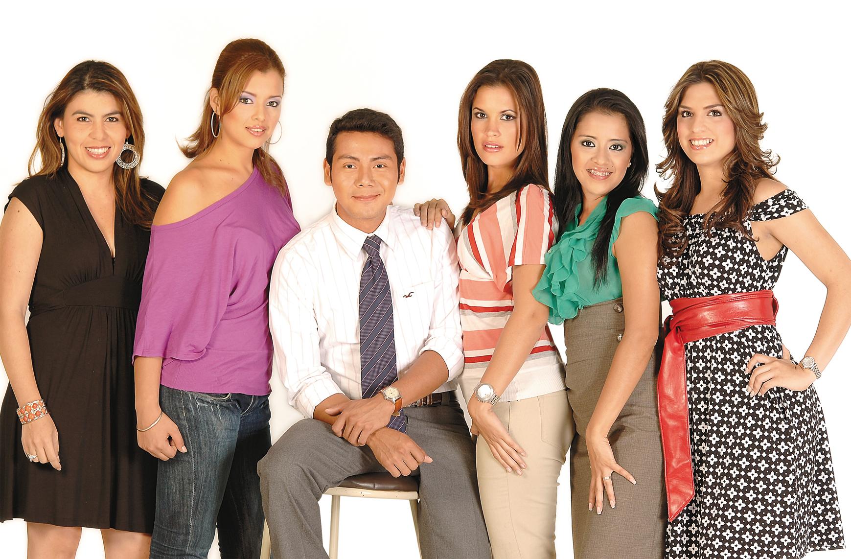 Lilia Piccinini, Doricel Blanco, Alfoso Flores, Blanca García, Edna Maradiaga y Yahoska Álvarez