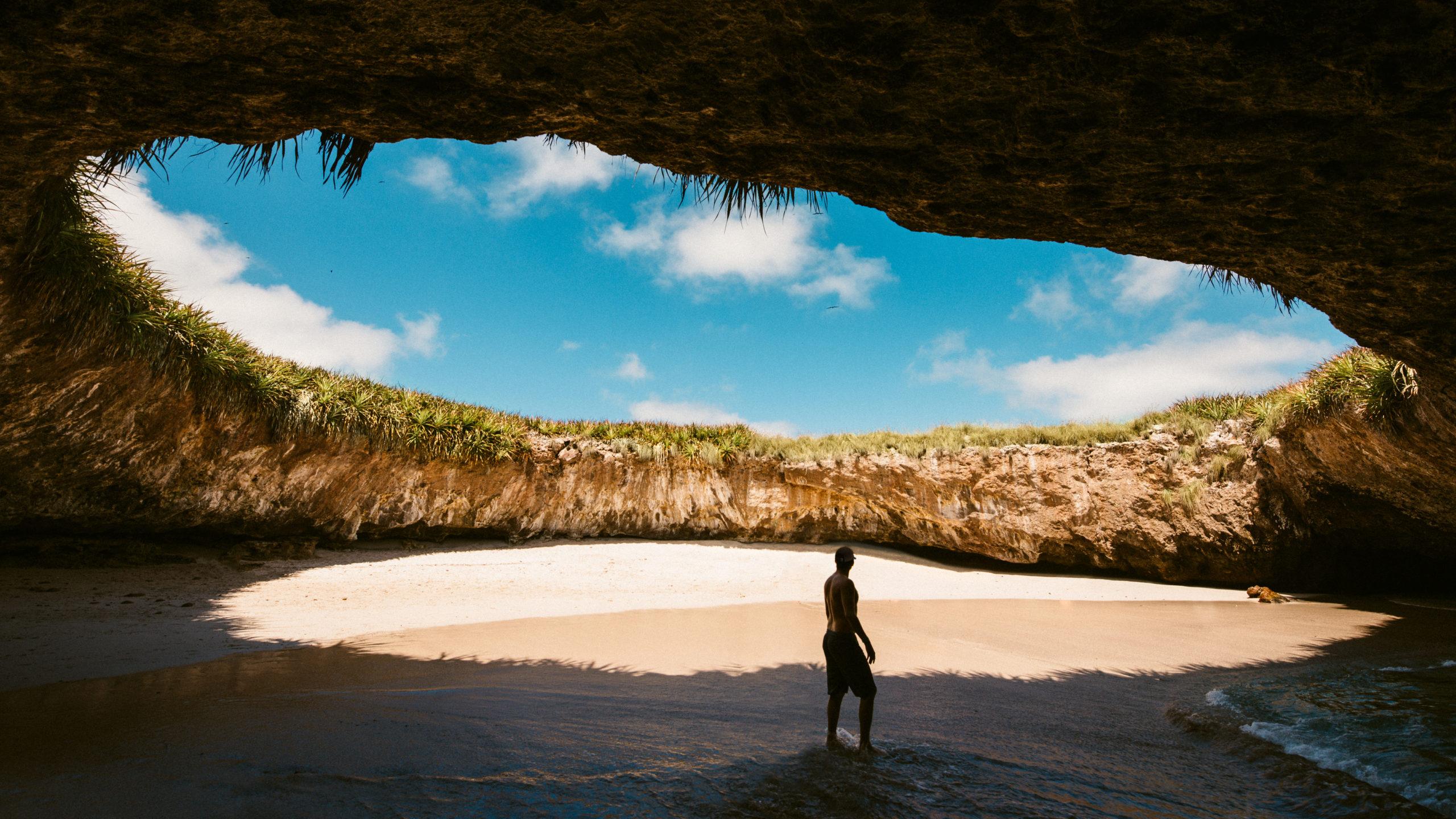La Playa del Amor o Playa Escondida en las Islas Marietas, Puerto Vallarta, México.